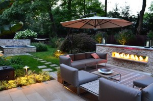 Outdoor gas fire pit and seating area